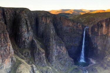 LES1187 Africa, Lesotho, Maletsunyane Falls