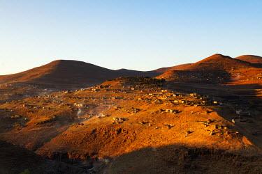 LES1191 Africa, Lesotho, highland village