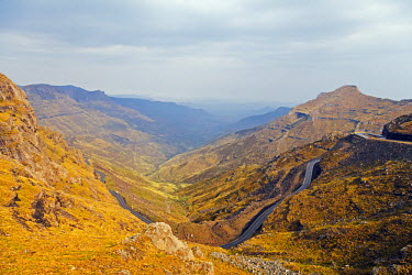 LES1198 Africa, Lesotho, Mafika-Lisiu pass (3090m)