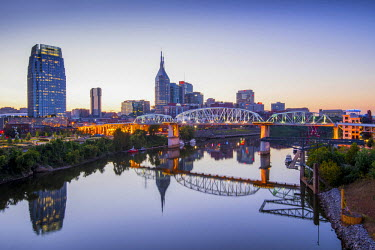US21122 Nashville, Tennessee, Skyline, Cumberland River, John Seigenthaler Pedestrian Bridge, Previously Called The Shelby Street Bridge