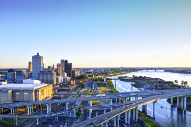 US21163 Memphis, Tennessee, Downtown, Mississippi River, Interstate 40 Crosses The River Into Arkansas