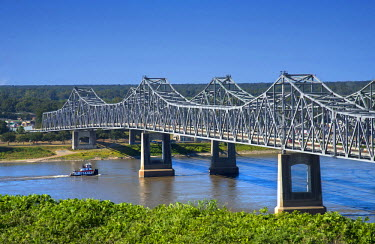 US36107 Natchez, Mississippi, Natchez-Vidalia Bridge, Two Twin Cantilever Bridges That Carry US Routes 65, 84 and 425 Across The Mississippi River, Connection between The States Of Mississippi And Louisiana