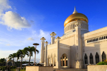BI01007 Kingdom of Brunei, Bandar Seri Begawan, Omar Ali Saifuddien Mosque