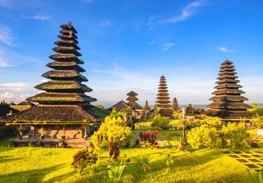 IDA0744AW Pura Agung Besakih temple complex, Besakih, Bali, Indonesia. The most important Hindu temple in Bali.