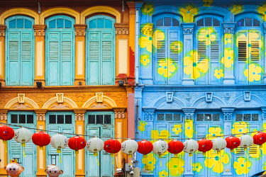 SNG1319AW Singapore, Republic of Singapore, Southeast Asia. Colorful facade of a building in chinatown discrict.