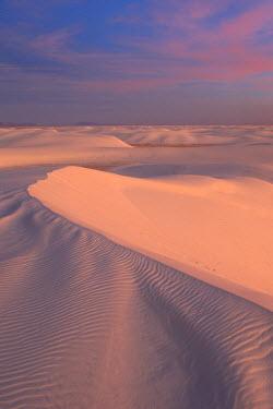 HMS0507940 United States, New Mexico, White Sands National Monument, Tularosa Basin, gypsum desert