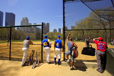 HMS0381527 United States, New York, Manhattan, Central Park, baseball field