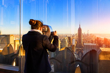 HMS1687448 United States, New York, Manhattan, Midtown, Rockefeller Center, view of the Empire State Building from the Top of the Rock