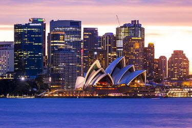 AUS2556AW Sydney at dusk. Opera house and cityscape skyline