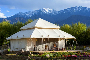 IND8265 India, Jammu & Kashmir, Ladakh, Thiksey. Spacious luxury tents at the Ultimate Travelling Camp offer unrivalled comfort in the Indus Valley.