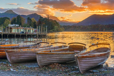 UK531RF UK, England, Cumbria, Lake District, Derwentwater, Keswick, Rowing Boats for hire