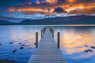 UK534RF UK, England, Cumbria, Lake District, Derwentwater, High Brandelhow Landing