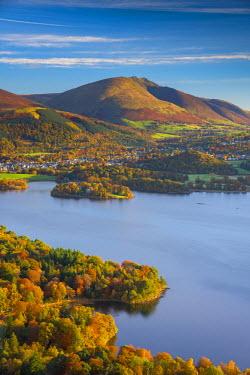 UK08019 UK, England, Cumbria, Lake District, Derwentwater, Blencathra mountain above Keswick