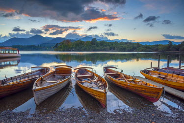 UK08025 UK, England, Cumbria, Lake District, Derwentwater, Keswick, Rowing Boats for hire