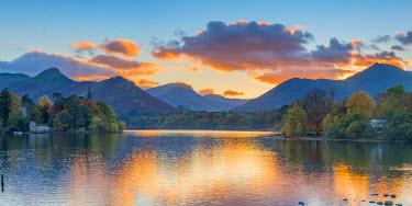 UK08033 UK, England, Cumbria, Lake District, Keswick, Derwentwater