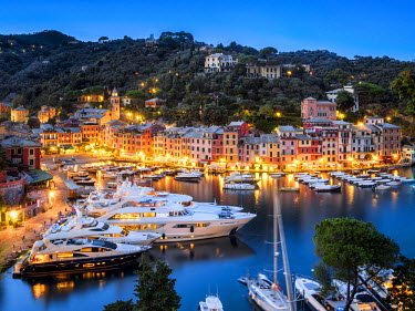ITA9943AW Yacht Harbour of Portofino, Italy