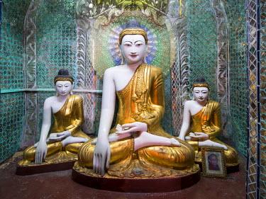 MYA2030AW Buddhist shrine at the Shwedagon Pagoda in Yangon, Yangon Region, Myanmar