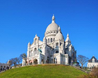FRA9542AW France, Paris. Basilica of Sacre Coeur, Montmartre.