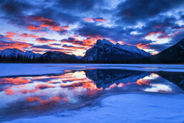 CAN3180AW Mt. Rundle Reflecting in Vermillion Lakes at Sunrise, Banff National Park, Alberta, Canada