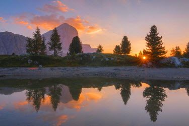 CLKAB53203 Sunrise at Limedes Lake. Cortina d'Ampezzo, Belluno Province, Veneto District, Italy, Europe