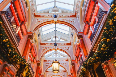 TPX58603 England, London, Old Bond Street, The Royal Arcade