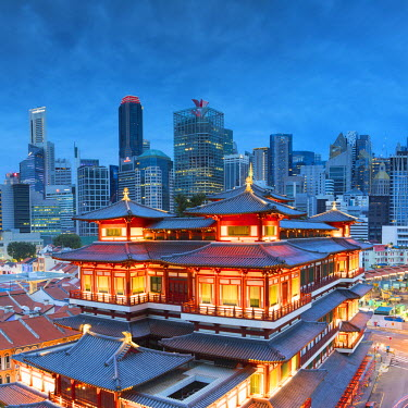 SNG1463AWRF Buddha Tooth Relic Temple and skyscrapers, Chinatown, Singapore