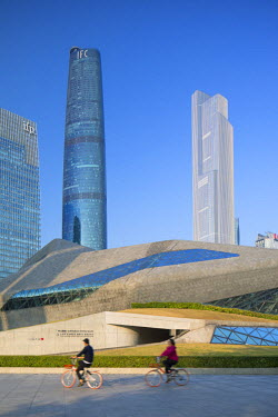 CH11140AW CTF Finance Centre (world's 7th tallest building in 2017 at 530m), International Finance Centre and Guangzhou Opera House, Tianhe, Guangzhou, Guangdong, China