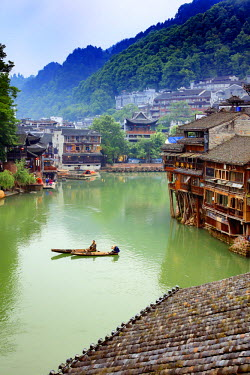 CH11233AW China, Hunan province, Fenghuang, riverside houses