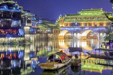 CH11360AW China, Hunan province, Fenghuang, riverside houses