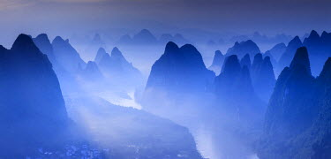 CH11385AW China, Guangxi province, Xingping village along River Li