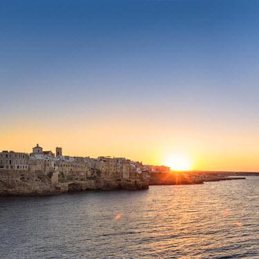 ITA10028AW Italia, Italy, Apulia, Puglia, Bari district. Le Murge. Polignano a Mare.