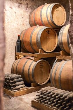 ITA10075AW Italia, Italy, Apulia, Puglia. Salento, Salentine Peninsula. Lecce District. Guagnano, San Donaci winery. Original cellar.