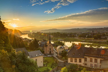 GER9305AW View of River Moselle at dawn, Trier, Rhineland-Palatinate, Germany