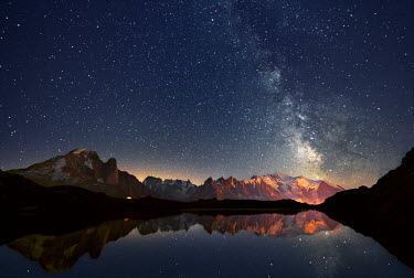 CLKLG4083 Europe, France, Haute Savoie, Chamonix Mont Blanc - Cheserys lake and the Mont Blanc Massif at a starry Night