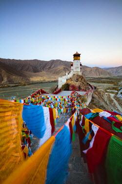 TIB0150AW Yungbulakang Palace at dawn, Tibet, China