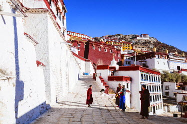 TIB0201AW Ganden monastery, Tibet, China