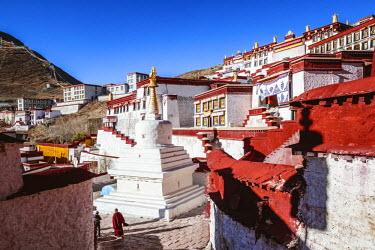 TIB0203AW Ganden monastery, Tibet, China