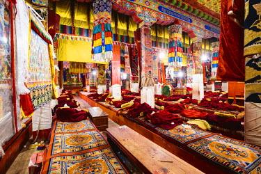 TIB0204AW Ganden monastery, Tibet, China