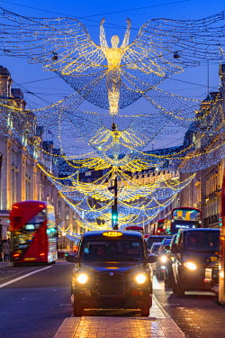 UK11130 UK, England, London, West End, Regent Street, Christmas Lights