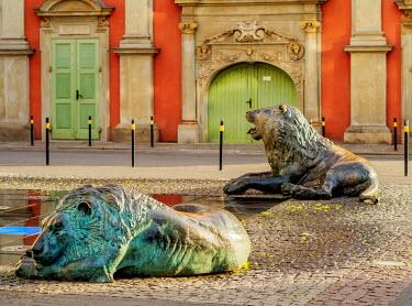 POL1739AW Poland, Pomeranian Voivodeship, Gdansk, Old Town, Fountain of the Four Quarters.