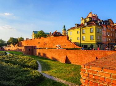 POL1908AW Poland, Masovian Voivodeship, Warsaw, Old Town Walls