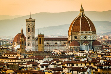 CLKFI32885 Florence, Tuscany, Italy. cityscape and Cathedral and Brunelleschi Dome, Giotto Tower. Sunset, lights on.