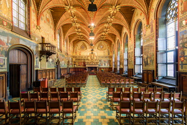 BEL1634AW Gotische Zaal or Gothic Hall located inside the Stadhuis or City Hall building, Bruges, West Flanders, Belgium