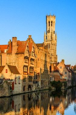 BEL1648AWRF Dijver canal with Belfort medieval tower in the background, Bruges, West Flanders, Belgium