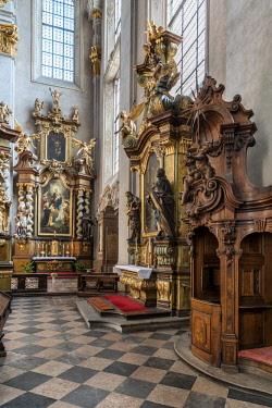 CZE1725AW Europe, Czech Republic, Prague, St Giles Church