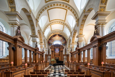 ENG14378AW Europe,United Kingdom, England, London, St Bride's Church Fleet Street