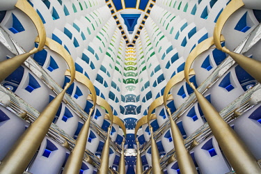 UAE0449 View from below looking up towards the bedroom surrounding the bedrooms of the luxury 7 Star Burj Al Arab Hotel designed by the architects Atkins, Um Suqaim Second, Dubai, Dubayy, United Arab Emirates...