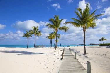 BA037RF Bahamas, Abaco Islands, Great Abaco, Beach at Treasure Cay