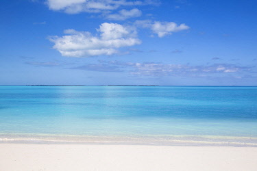 BA042RF Bahamas, Abaco Islands, Great Abaco, Beach at Treasure Cay