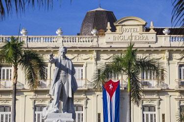 CB02697 Cuba, Havana, Parque Central, Statue of Jose Marti and the Hotel Inglaterra